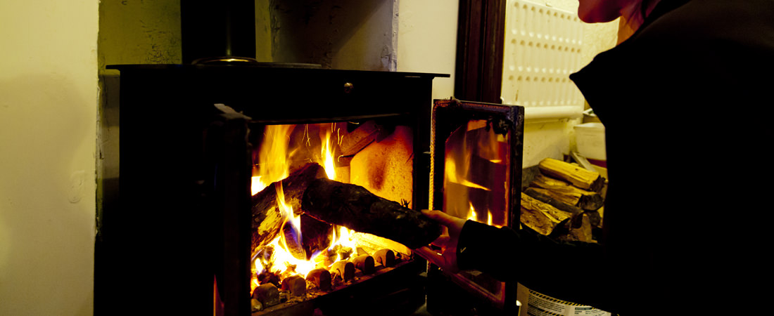 group accommodation in snowdonia, open fire
