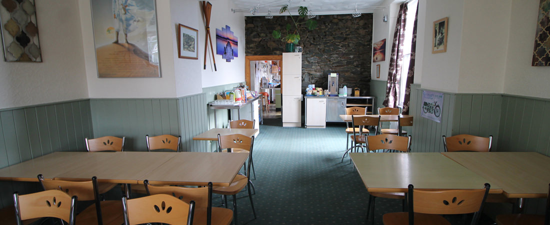 group accommodation in snowdonia, serving area