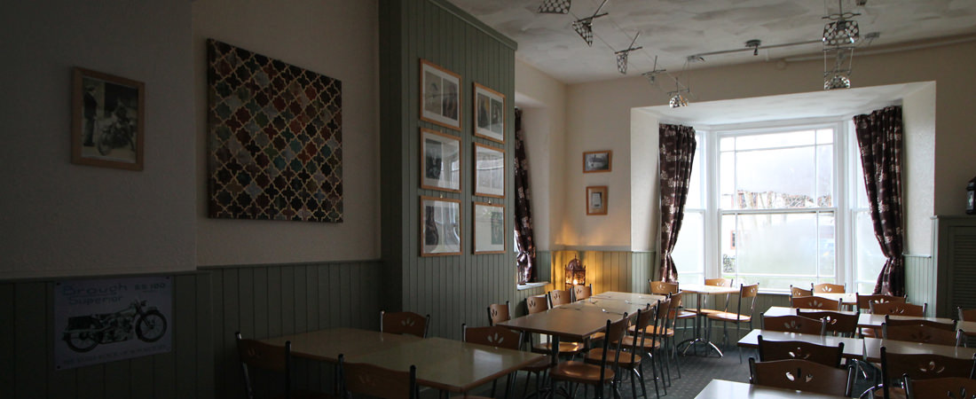 group accommodation in snowdonia, dinning room