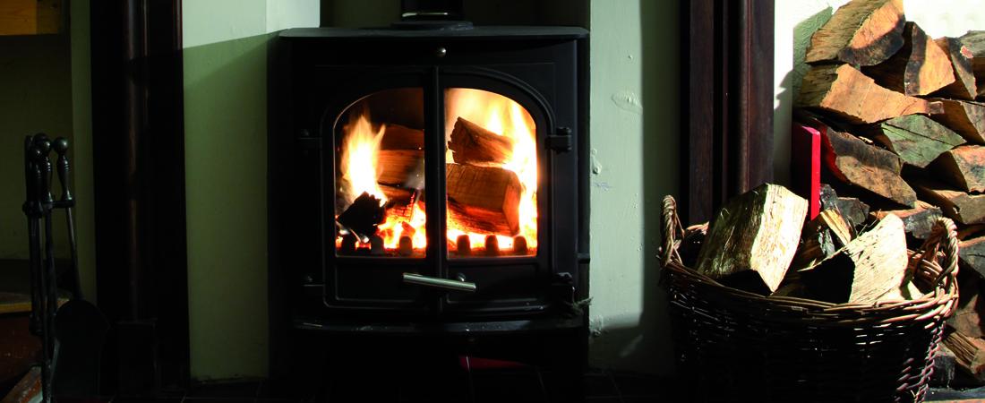 group accommodation in snowdonia, log burner