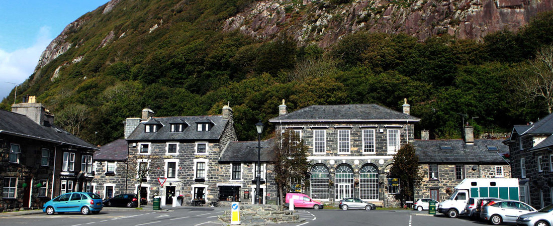 group accommodation in snowdonia, Tremadog